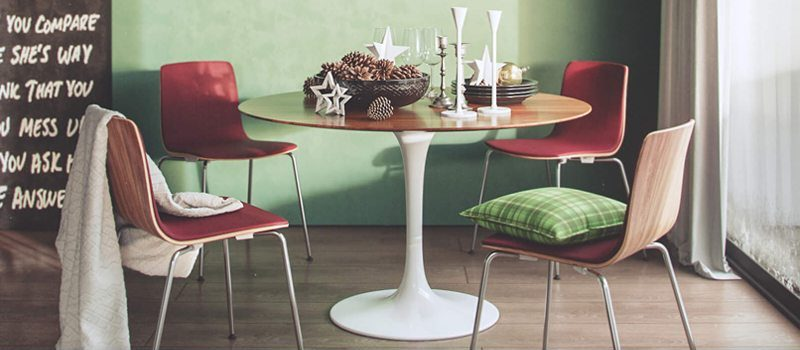 Examples Of Outsource Product Rendering: Christmas Campaign For Chairs